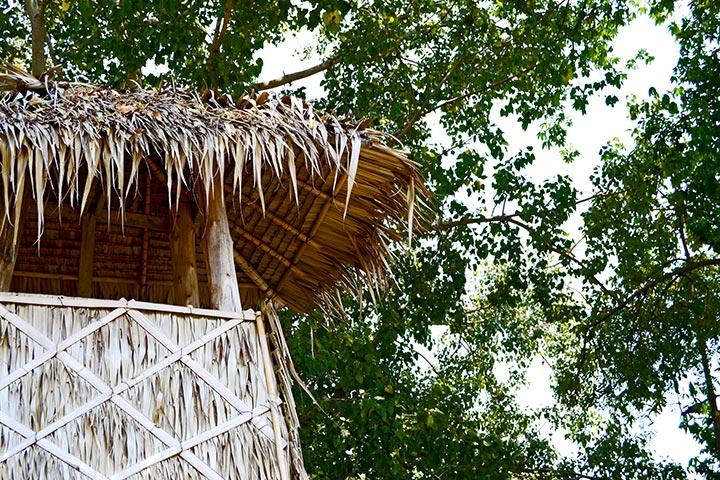 cabaña bambú y paja Kanchanaburi