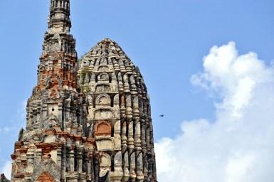 Chedi mazorca maís Chai-Wattanaram ruinas Ayutthaya Tailandia