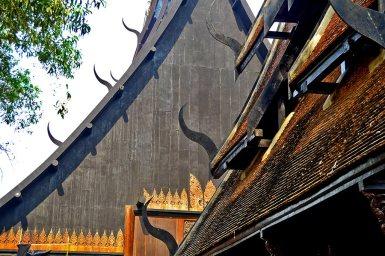 Techo madera teca Casa Negra Chiang Rai