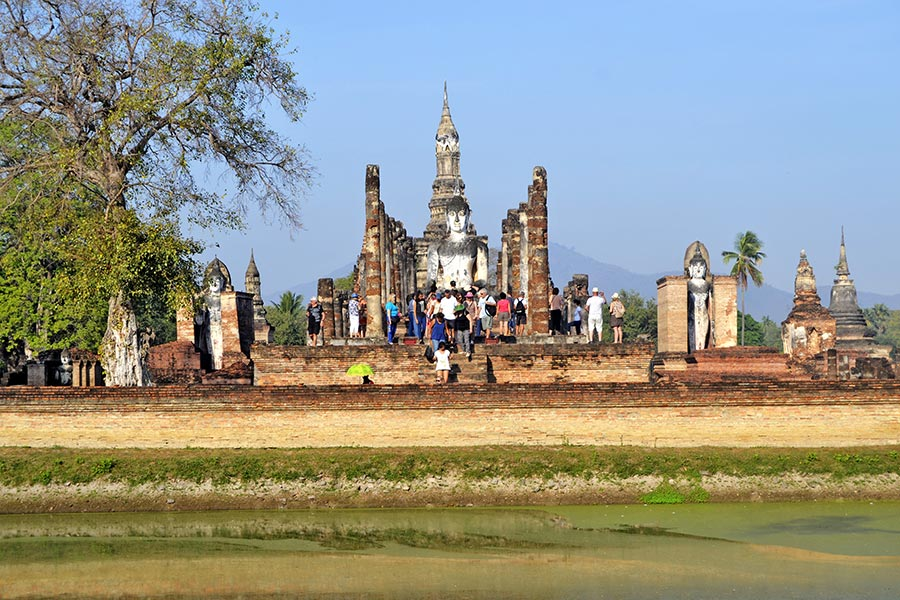 Restos de wiham en el Parque histórico de Sukhothai