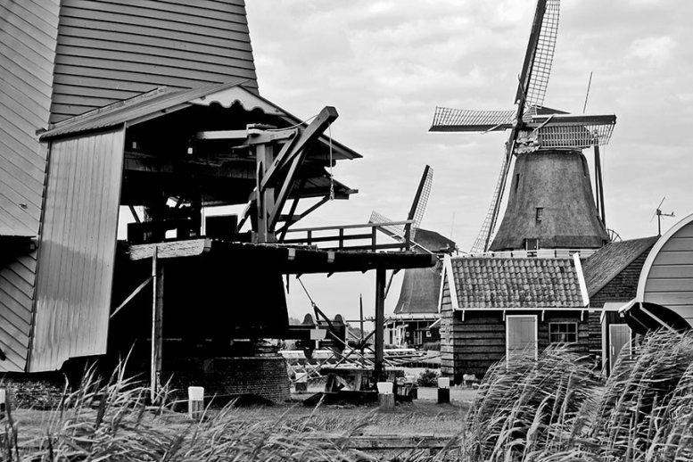 Escenario película Molino trigo Zaanse Schans blanco y negro