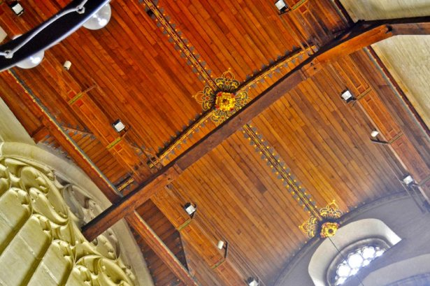 Techos madera decoración interior Catedral Rotterdam