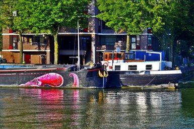 Barco pulpo grafiti Nieuwe Maas Rotterdam