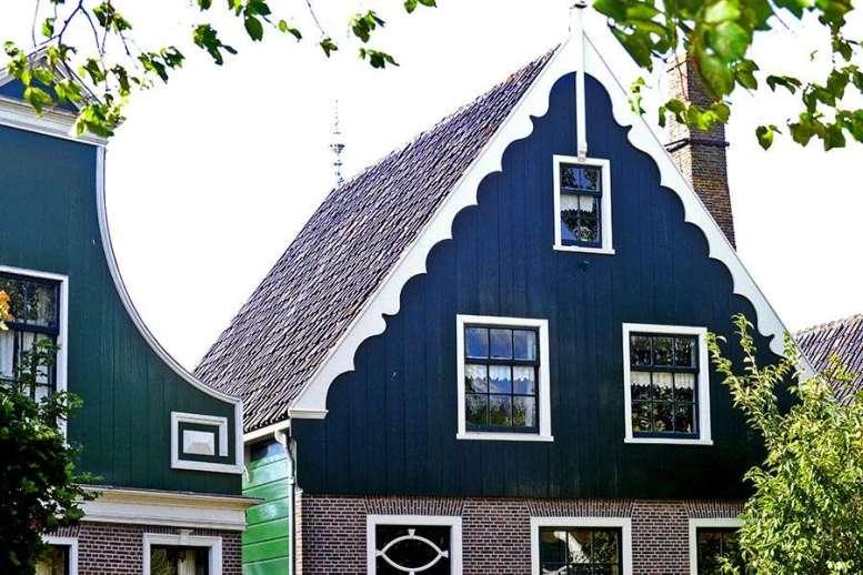Viviendas tradicionales madera verde Zaanse Schans