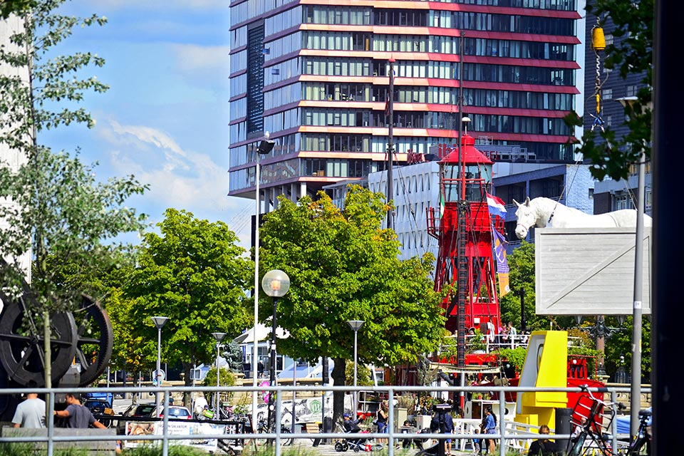 Mercancías faro transporte puerto de Rotterdam