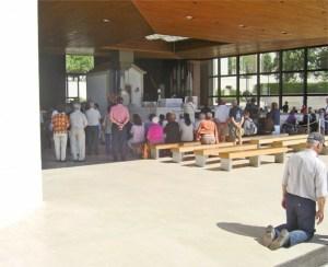 Misa interior fieles sacrificio plegarias Capilla apariciones Fátima