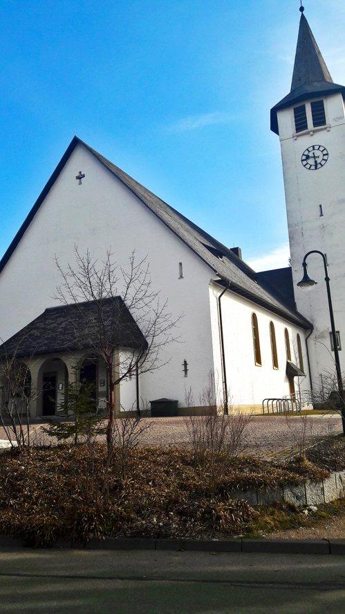 Fachada iglesia típica lago Titisee Selva Negra