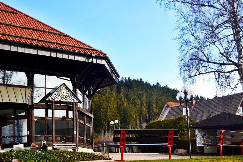 Fachada oficina turismo Titisee Selva Negra Alemania