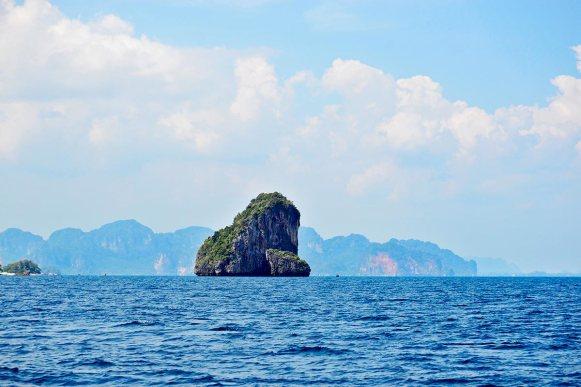 Islote alta mar 4 islands