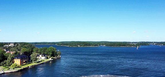 Vistas panorámica aguas archipiélago Estocolmo Suecia