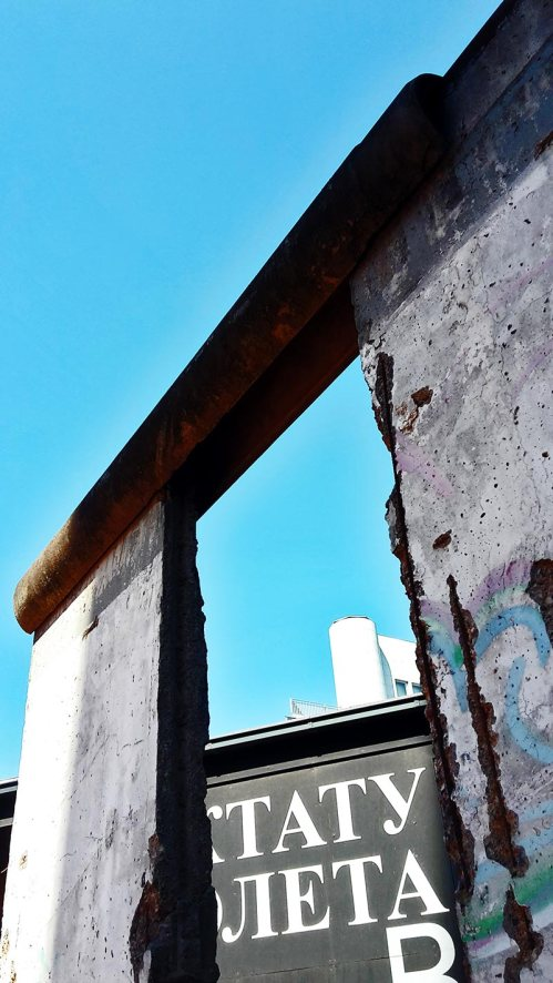 Restos muro II guerra mundial Checkpoint Charlie Berlín