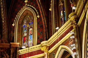 Vidriera decoración cromatismo interior claustro Catedral Teruel