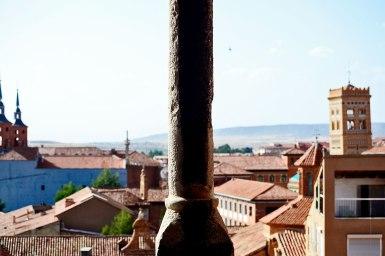 Panorámica edificios campanario torre mudéjar Teruel