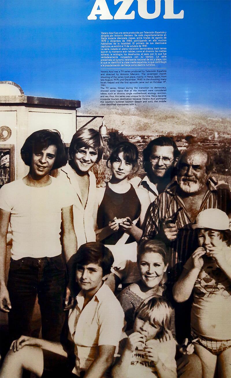 Cartel actores Verano Azul serie TVE Nerja Málaga