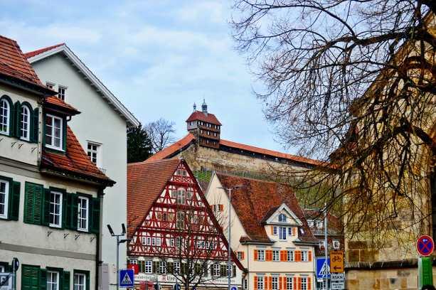 Panorámica viviendas antigua ciudadela muralla Esslingen Am Neckar Selva Negra Alemania