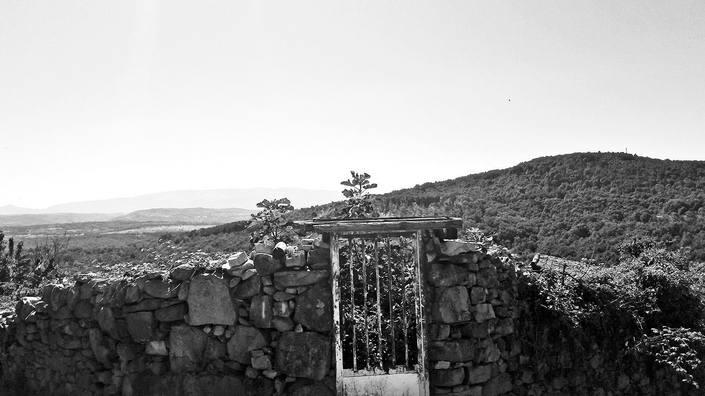 Vistas Sierra de Francia Salamanca blanco y negro