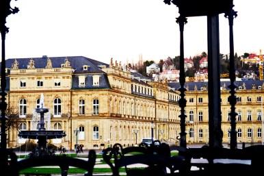 Templete música fuente palacio Schlossplatz Stuttgart