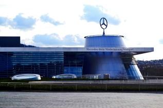Mercedes Benz factoría afueras Stuttgart