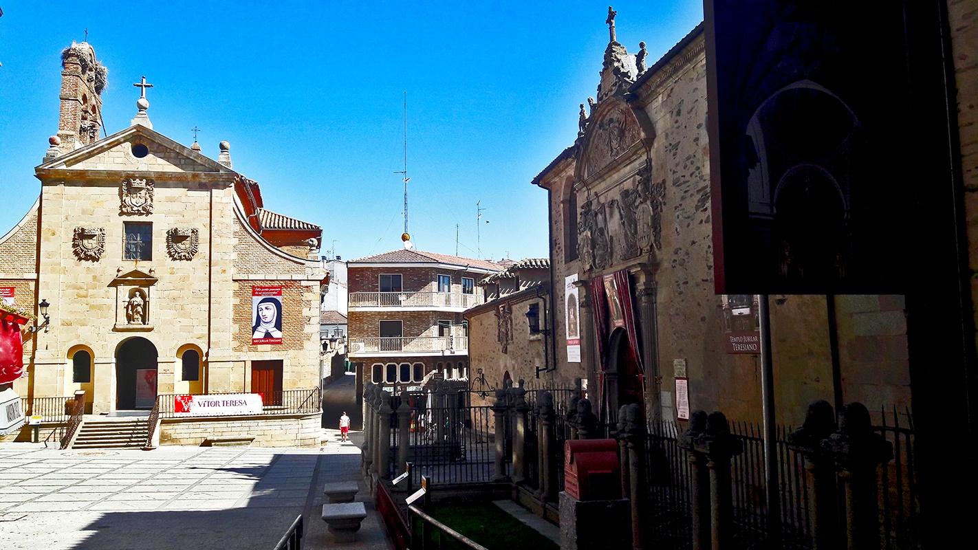 Plaza de Santa Teresa Alba de Tormes