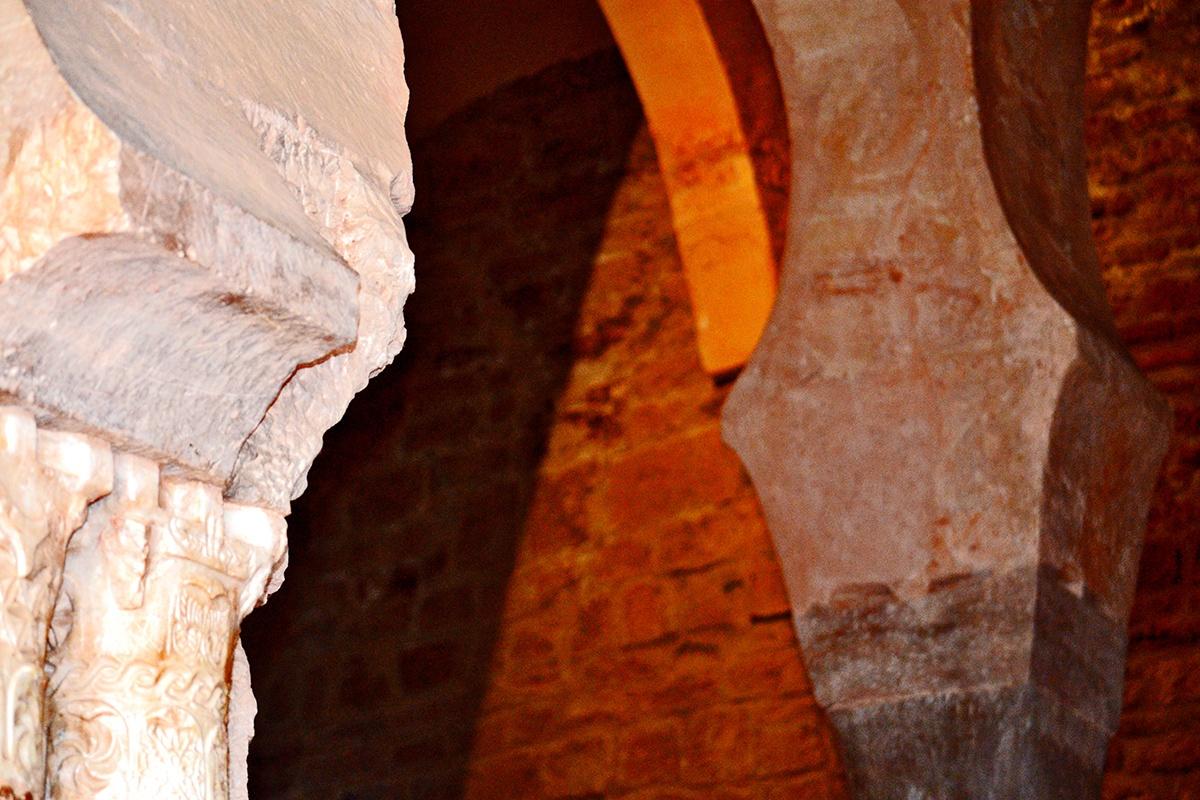 Arcos construcción visigótica Monasterio Suso