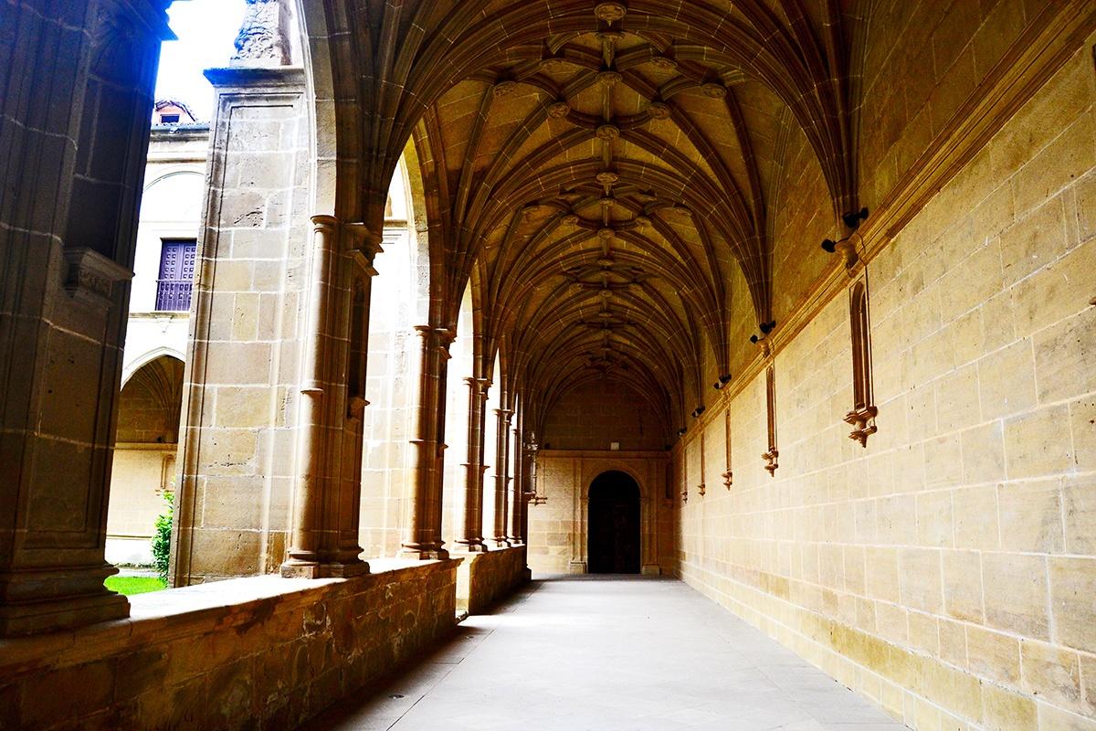 Pasillos claustro Monasterior Yuso La Rioja