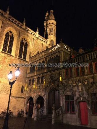 Basílica por la noche