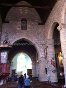 espartana nave central de la iglesia