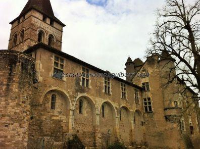 Iglesia fortaleza de Saint Pierre