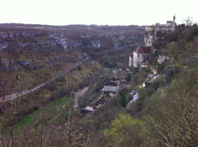 primera e impresionante visión de Rocamadour, desde L'Hospitalet (desde el Hospital, no desde Llobregat)
