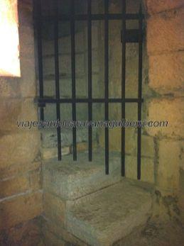 escaleras de acceso a la torre del homenaje, en el cuerpo de guardia