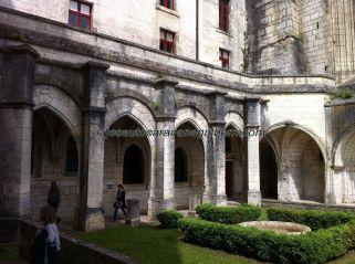 claustro de la iglesia, lo que queda