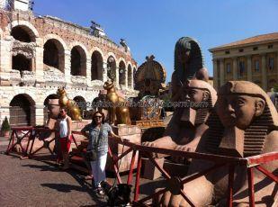 attrezzo para la representación de Aida en la Arena de Verona, hubiera sido más que estupendo poder asistir (era otro día)