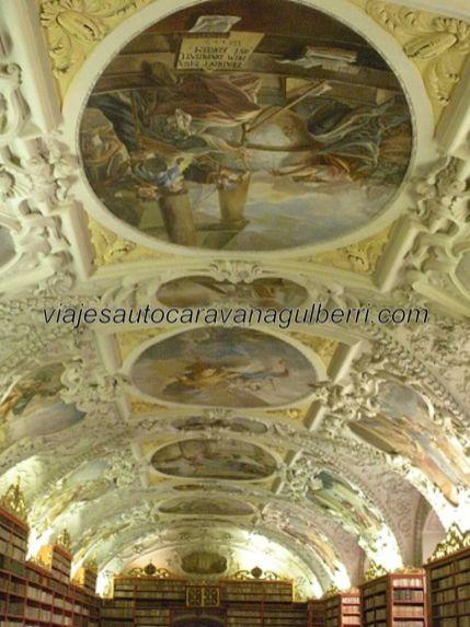 cúpula Sala Teológica en Monasterio Strahov