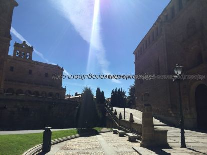 Convento San Esteban, izda; Convento Dueñas, dcha