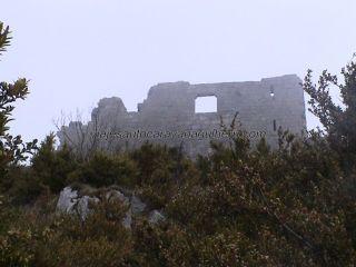 fortaleza Montségur en ruinas