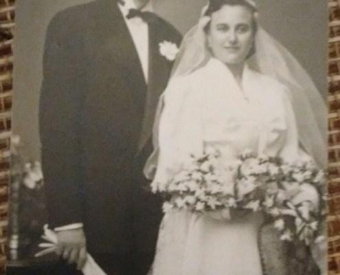 Esta foto de mis padres la llevo siempre en mis viajes, para mi es como un fetiche protector.