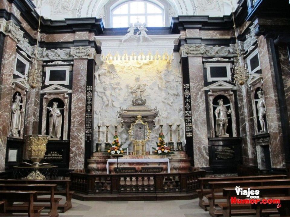 capilla de san casimiro Basílica Catedral de San Estanislao y San Ladislao vilnius Lituania