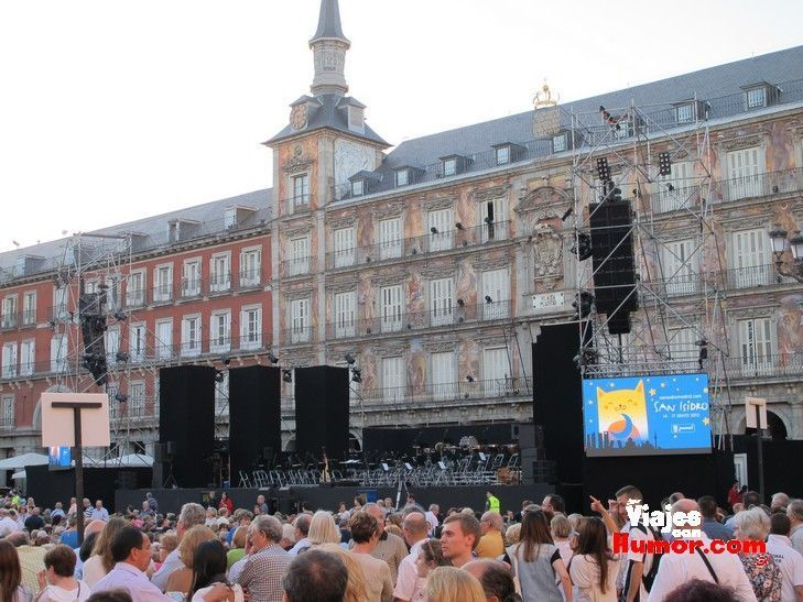 plaza mayor de madrid en san isidro
