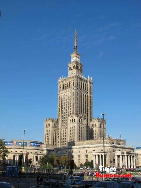 palacio de la cultura y de la ciencia de varsovia