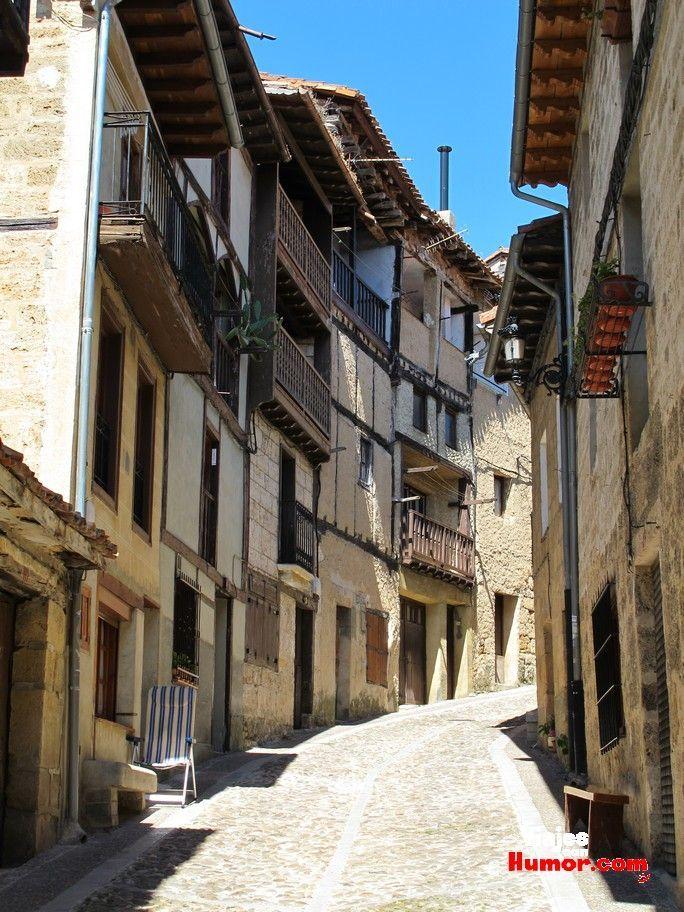 calles de frias ciudad medieval