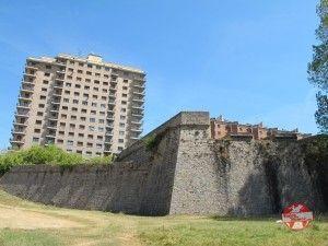 ciudadela de navarra y edificio pamplona