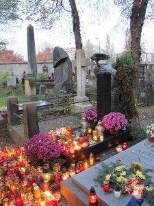 tumba de Krzysztof Kieslowski en cementerio powazki