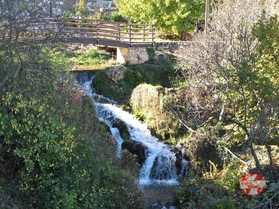 cascadas de agua en tobera