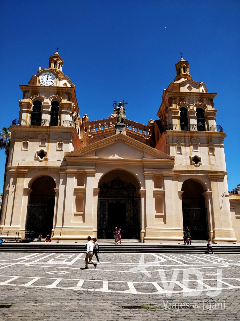Frontis catedral
