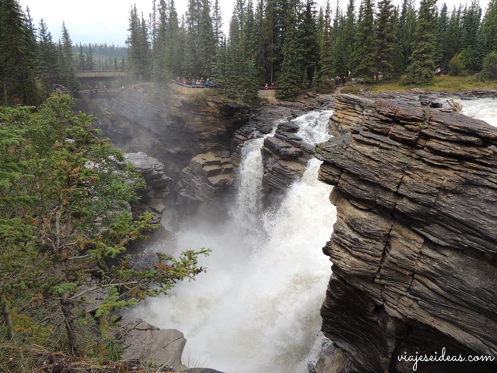 Athabasca Falls, Icelfields Parkway