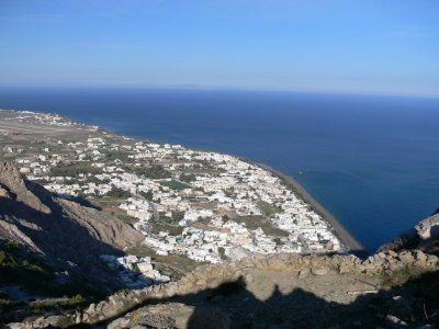 Viajar a Thira, la capital de Santorini