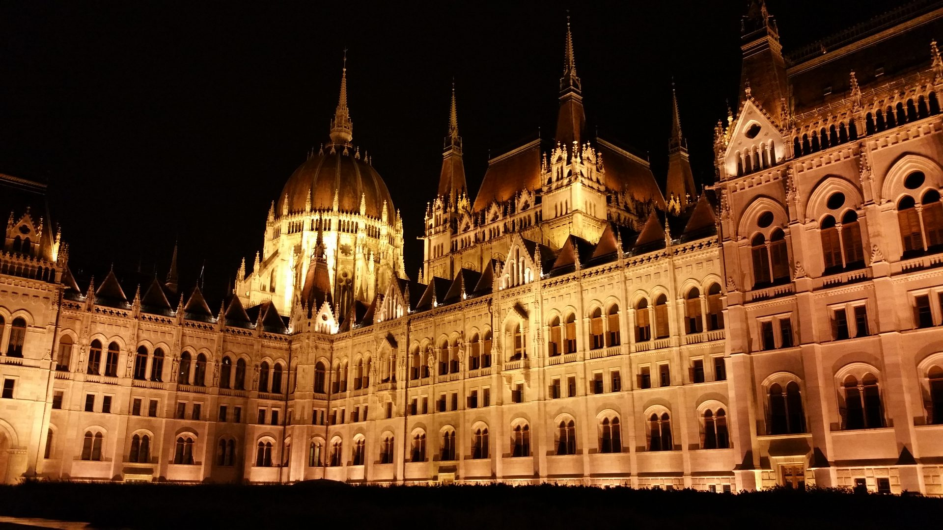 VIDEO BUDAPEST (HUNGRÍA)