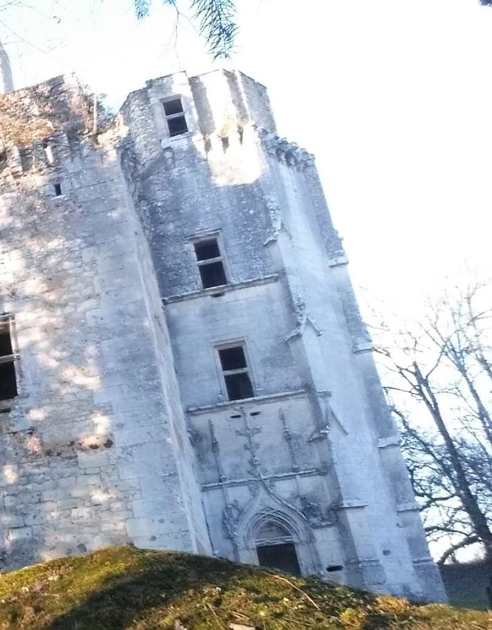 Castillo L' Herm. Perigord, Aquitania (Francia)