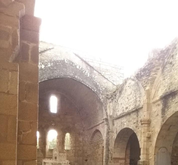 Iglesia. Oradour Sur Glane (Francia)