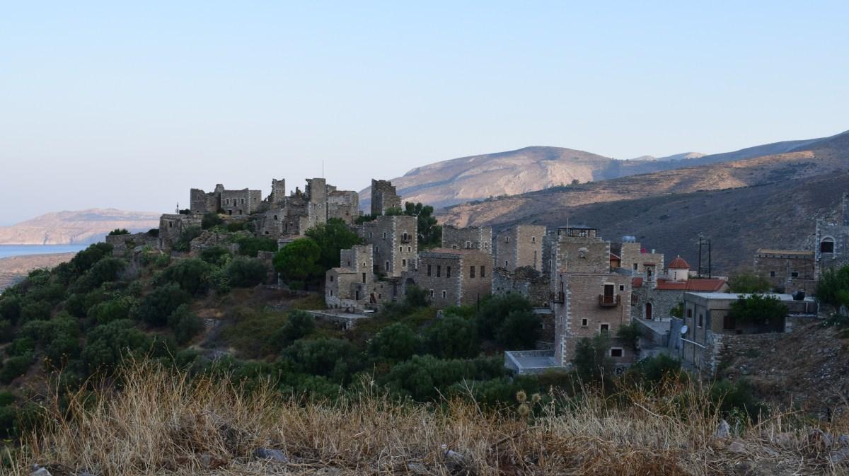 VATHIA (GRECIA) LA ESENCIA DE LA PENÍNSULA DE MANI